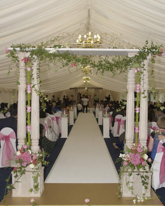 Hindu wedding mandap at Parklands Essex showing the arch and the walkway