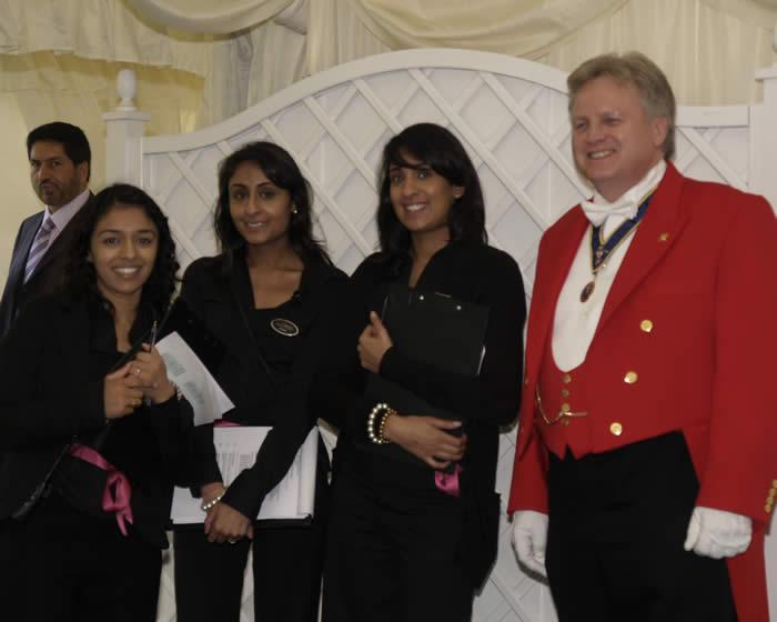 Toastmaster and Hindu wedding planners Amore at Parklands, Quendon, Essex.